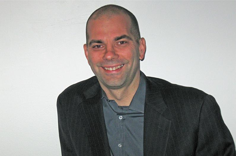 Media Studies Entrepreneur in Residence Bob McKinnon.