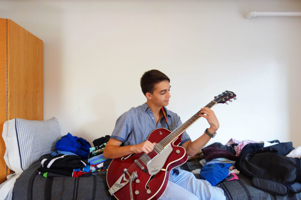 Theodore Braun, Guitar Performance '20