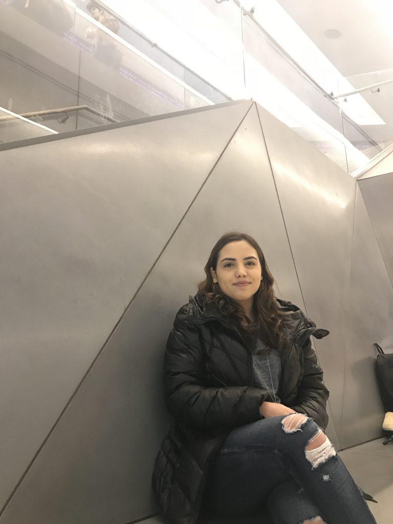 Samantha Veliz, Lang '20