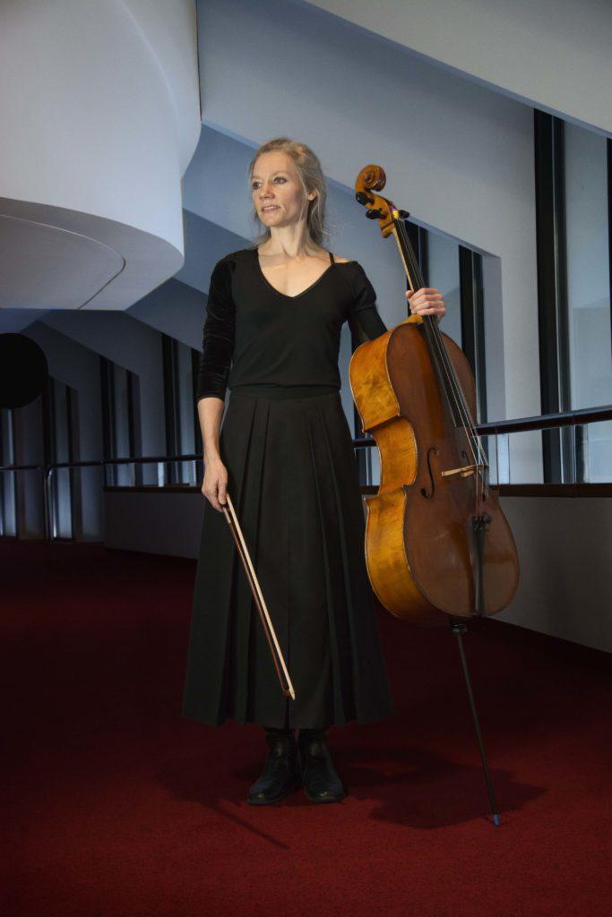 Kristin Ostling, Cello