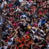 Former Brazilian President Luiz Inacio Lula da Silva is carried by supporters in front of the Metalworkers Trade Union in Sao Bernardo do Campo, Brazil on April 7, 2018 [Francisco Proner/Reuters]